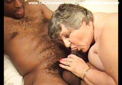 アジアslutはポーズの裸のビーチです。 女性 安心 無料 エロ 動画
